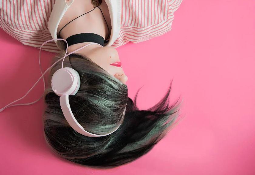 aplicaciones para escuchar música sin internet